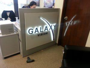 Объемные буквы «Galaxy vision»